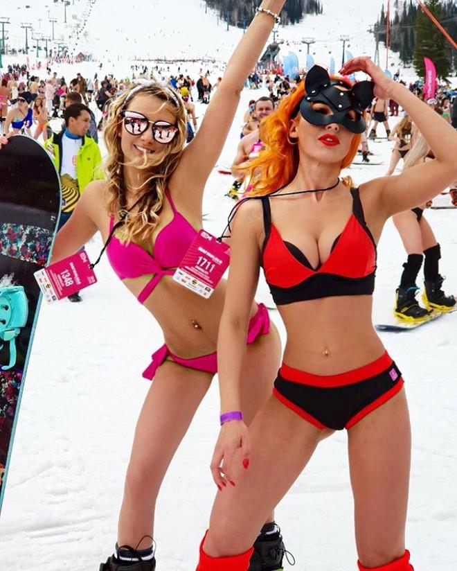 Sibirya Soğuğunda Yarı Çıplak Kayak: Grelka Fest