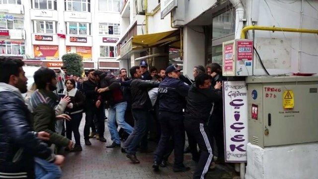 Bolu'da İki Grup Tekme Tokat Birbirine Girdi