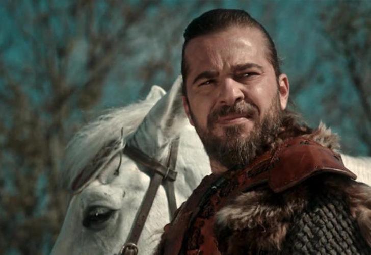 Diriliş Ertuğrul'un başrol oyuncusu Engin Altan Düzyatan veda ediyor!