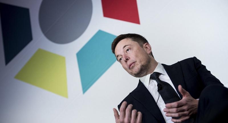 Elon Musk: İşçiler dünyayı değiştirmek için 100 saat çalışmalı