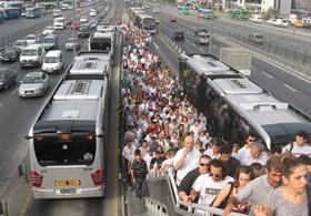 İETTden Metrobüs Yoğunluğuna ÇÖZÜM?