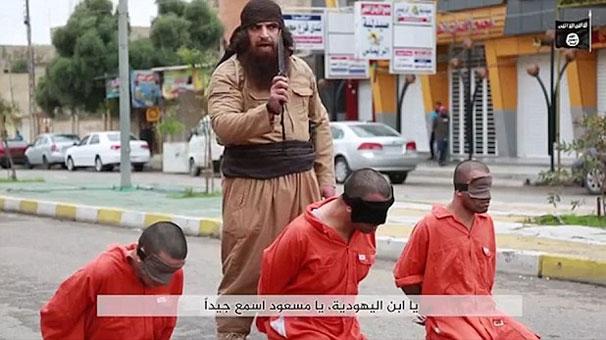 IŞİD'in 3 Kürt Peşmergeyi Sokak Ortasında İnfaz Etti!