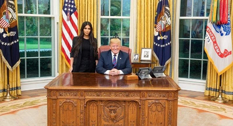 Kim Kardashian: Trump Aradığında Çıplaktım