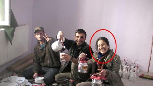 Öldürülen Kadın Terörist, Şarkı Söyleyerek Bomba Hazırlıyor.