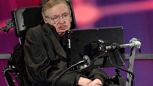 Stephen Hawking Uyardı: Uzaylılara Cevap Vermeyin!