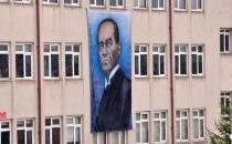 Bir İl Karıştı! Tepki Yağınca Atatürk İndirildi