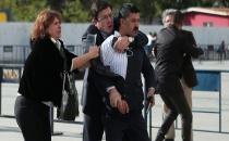 Can Dündar'a Adliye Önünde Silahlı Saldırı Girişimi
