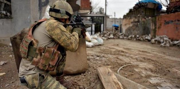 Çatışmaların Sürdüğü Bağlar'a Asker de Girdi