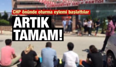 CHP'de ortalık karıştı! Oturma eylemi başladı