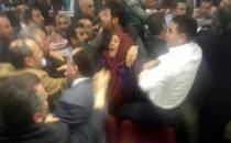 Çiğli Belediye Meclisi'nde, Kılıçdaroğlu'nun Tartışılan Sözleri Kavga Çıkardı