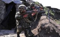 Ermeni Askeri Fanilasını Bayrak Yapıp Teslim Oldu!