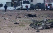 Diyarbakır'da Polis Aracına Bombalı Saldırı! 7 Şehit, 27 Yaralı