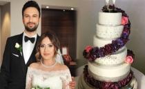 Tarkan'ın Düğün Pastası Hayranlarını Şoke Etti!
