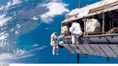 Dünyanın gözü uzayda: İki astronot yürüyecek