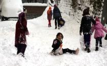 Eğitime Kar Engeli! İstanbul ve 17 İlde Okullar Tatil Edildi