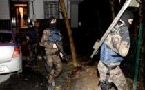 İstanbul'da PKK'lıların Örgütsel Dokümanları Ayakkabı Uçlarından Çıktı