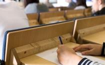Lise Bitirme Sınavları Facebook ve Twitter'a Engeline Takıldı