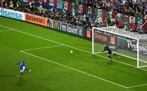 Penaltı Vuruşu Öncesi Yaptığı Hareketlerle Rezil Oldu