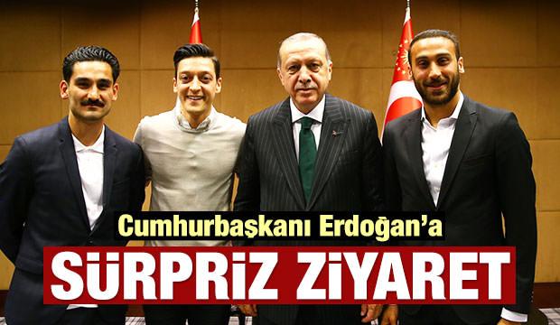 Mesut Özil, İlkay Gündoğan ve Cenk Tosun, Cumhurbaşkanı Erdoğan'ı Ziyaret Etti